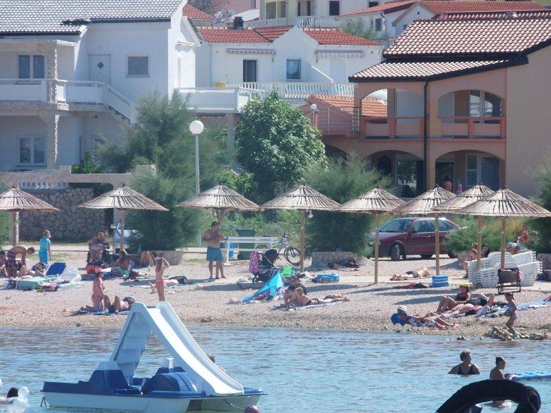 Villa Marilona  Appartement A1 -8 Per. 90m zum Meer Insel Vir Kroatien 113€/Tag, vacation rental in Vir