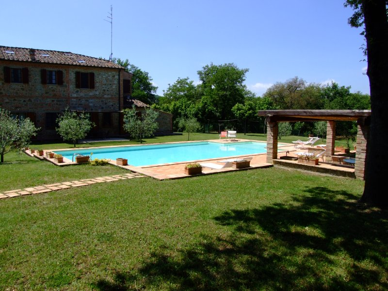 Appartmento in antico podere toscano, vacation rental in Sinalunga