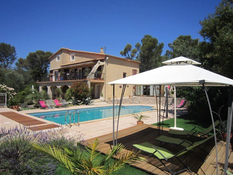 GITE LE PIN, holiday rental in Nimes