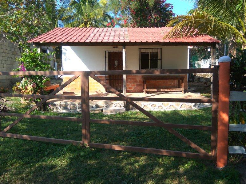 Cabaña Quiahuiztlán Playa Villa Rica, holiday rental in Monte Gordo