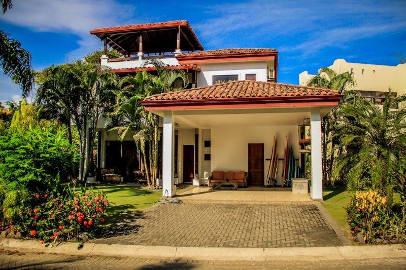 Hermosa Palms Beach Villa, alquiler de vacaciones en Playa Hermosa
