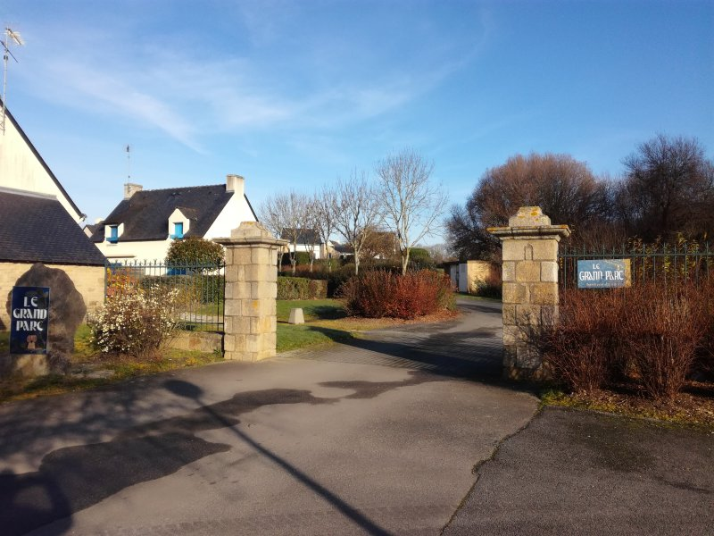 L'entrée de la résidence 'Le grand parc'