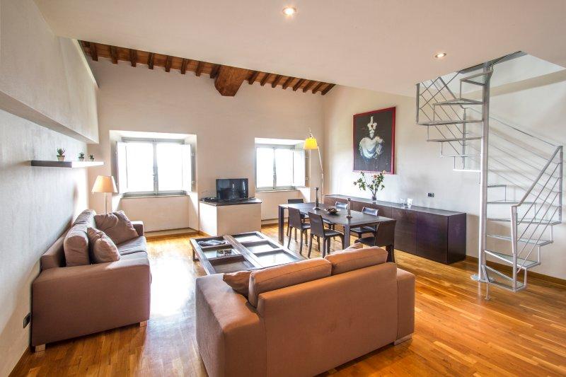 Two bedroom deluxe apartment with mezzanine, location de vacances à Ciciana
