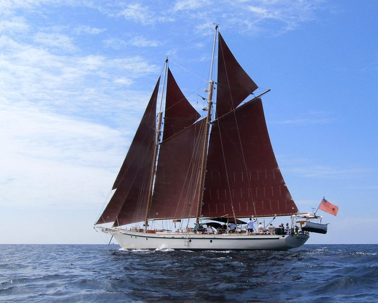 Luxury Classic Schooner, vacation rental in Yangon Region