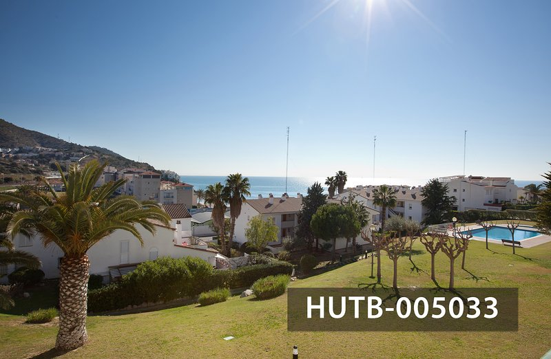 Lovely Holiday Apartment with Wonderful Terrace Overlooking the Sea in Sitges, location de vacances à Sitges