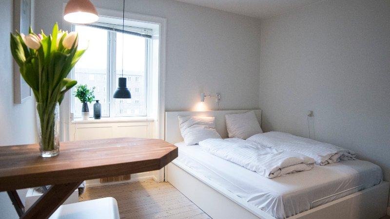 Lovely Apartment near Beach, Park & Metro, vacation rental in Copenhagen