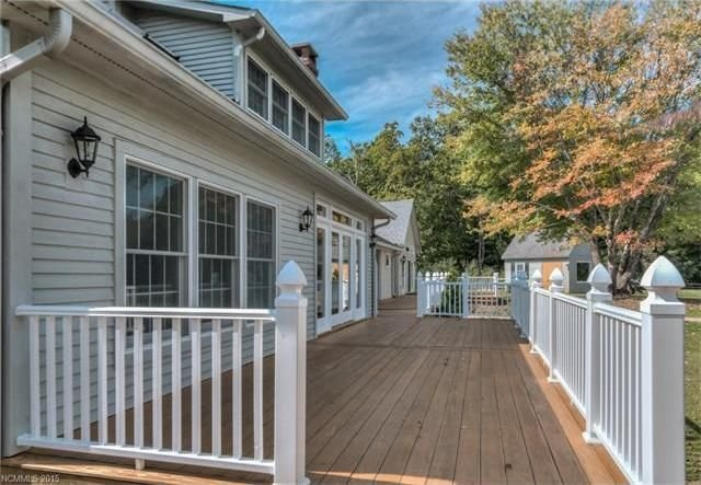 Main House - Front Deck