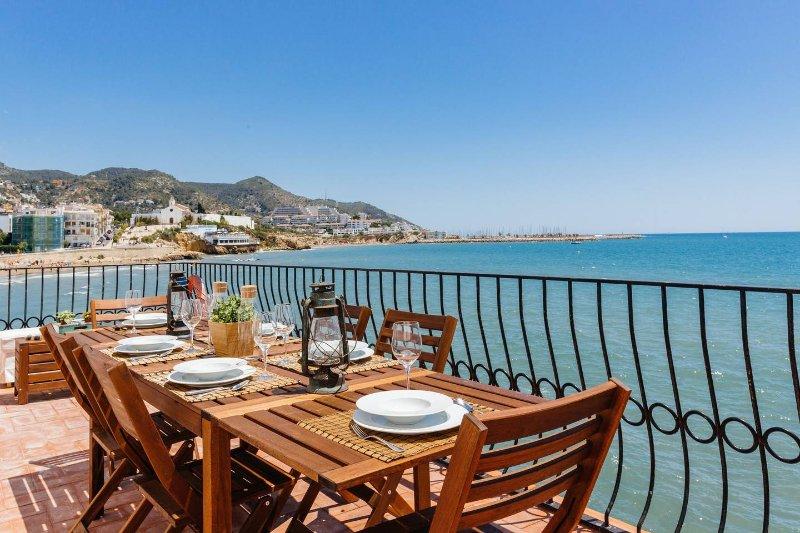Villa Balcón del Mar, Sitges - Villa for Rent in Sitges, Catalunya, Spain, vacation rental in Sitges