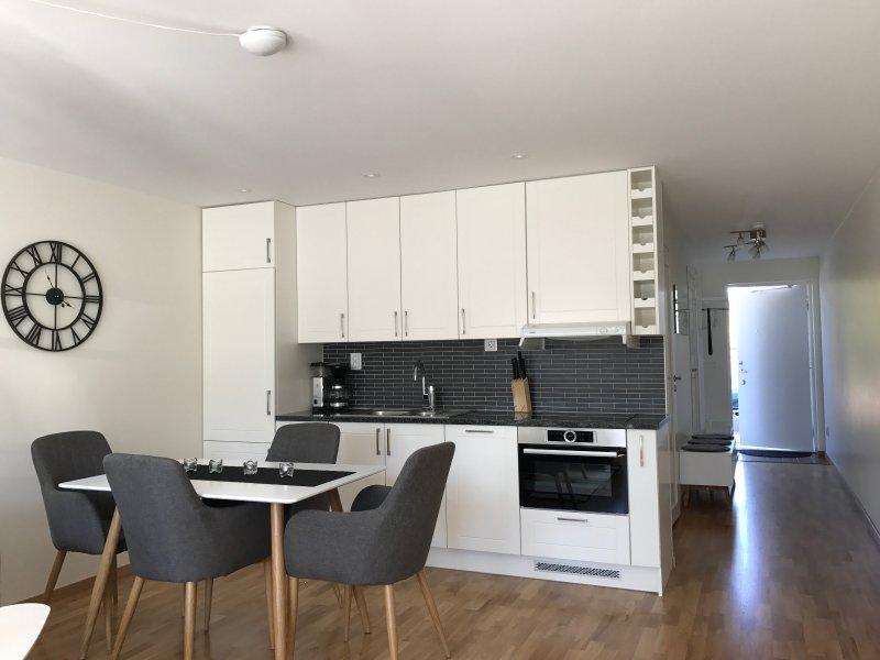 Overview kitchen / entre