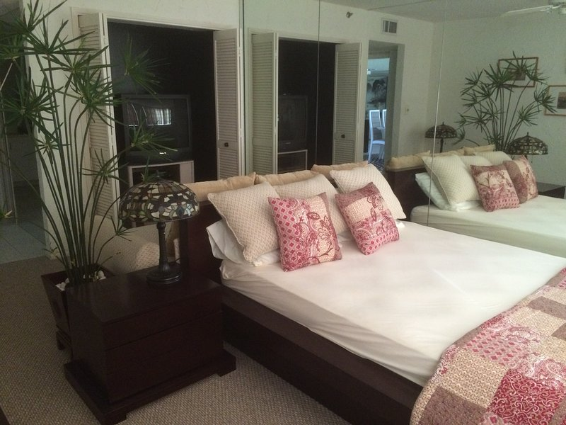 Queen bed with a single bed