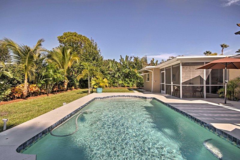 Eleve suas férias Sunshine State neste 3 quartos, casa de 2 casa de banho aluguer de férias!