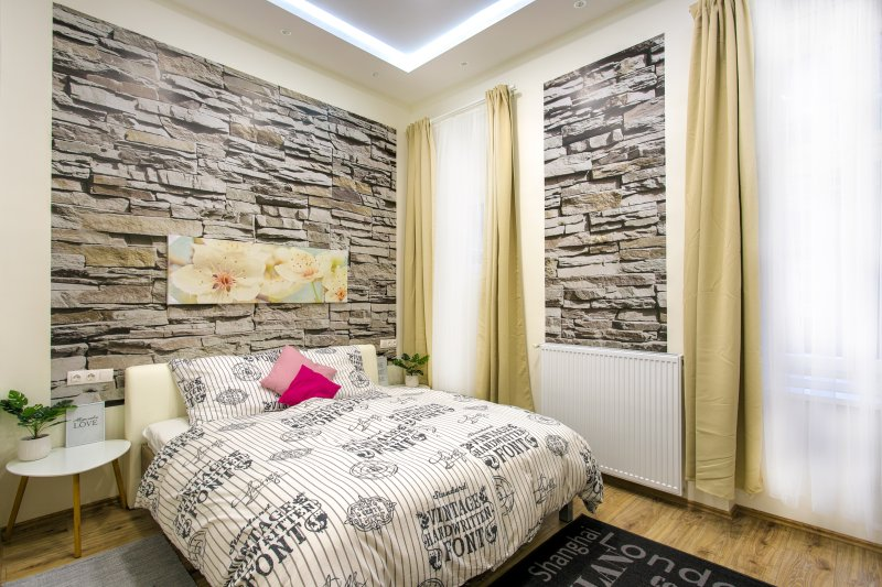 main bedroom with king size bed , only 100% cotton bedsheets