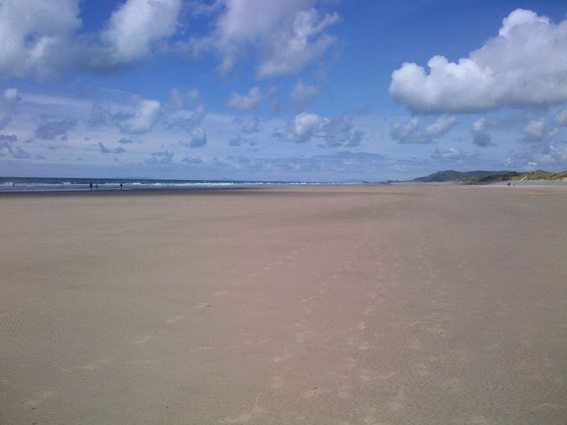 CARAVAN 322 BRYN Y MOR BEACH SIDE PARK, vacation rental in Tywyn