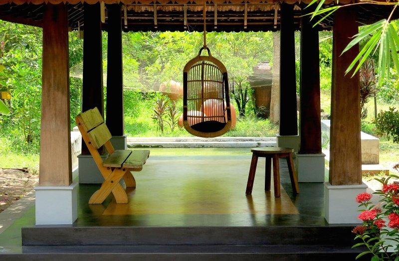 Clayfingers - Art Cottages, holiday rental in Thrissur District