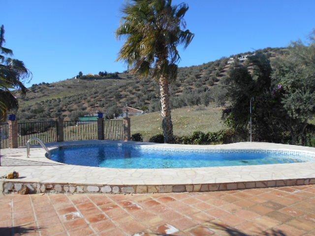 Casa Roupe,  3 bed Villa in Los Kikos, alquiler de vacaciones en Alcaucín