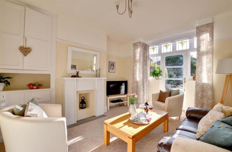 City Apartments - York Villa, 4 Heworth Village, York, holiday rental in Towthorpe