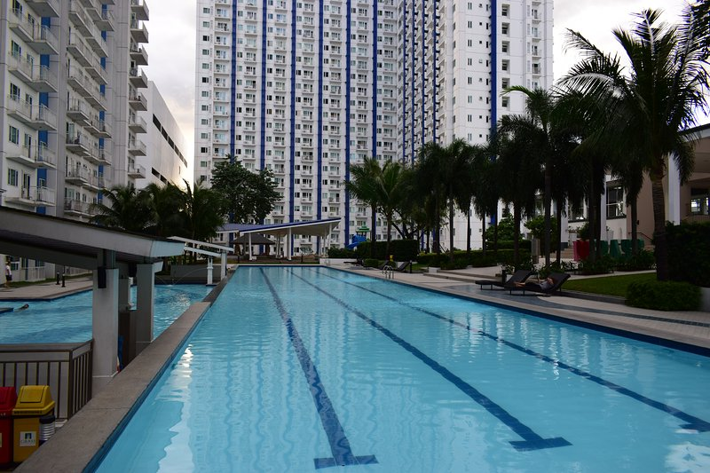 Condo Staycation at the Heart of SM City North EDSA, Quezon City, vacation rental in Marilao