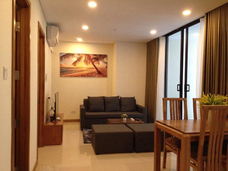 New 4*star condo, 1-min walk to beach & city center, alquiler de vacaciones en Nha Trang