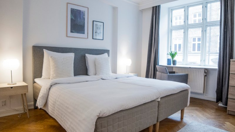 LOVELY 4-ROOM APARTMENT IN CITY CENTRE, vacation rental in Copenhagen