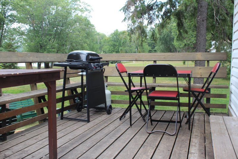 dine outside we have BBQ'S available to rent for $10 + HST per day