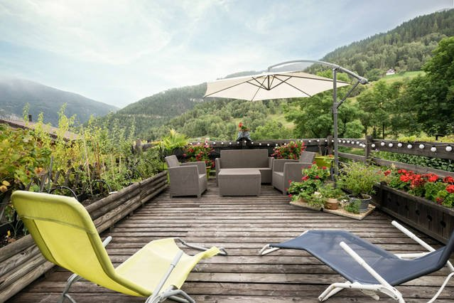 Shared terrace for relaxing and sharing.