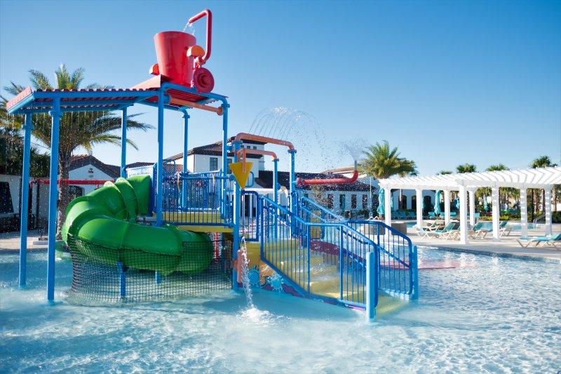 Club de niños Splash Pool