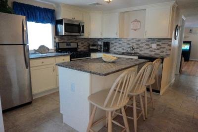 1st Fl Granite Kitchen