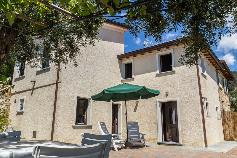 Villetta degli Ulivi, holiday rental in Ripa-Pozzi-Querceta-Ponterosso