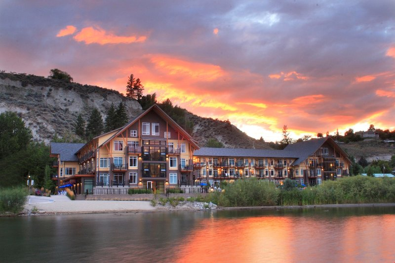 Escape to this stunning resort nestled on the shore of Okanagan Lake