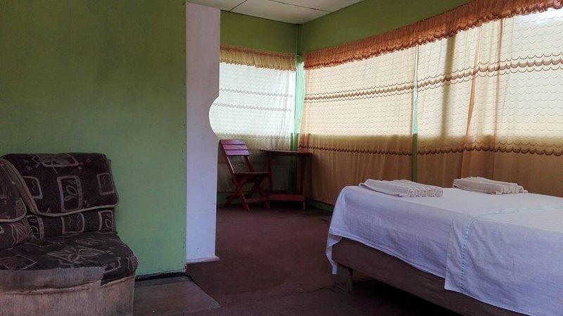 Habitación  Matrimonial en Amazon Queen Lodge, location de vacances à Iquitos