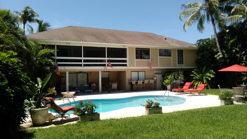 Luxury Home, Private Heated Pool, Magnificent views, Great Location, 3-D Theatre, holiday rental in Sanibel Island
