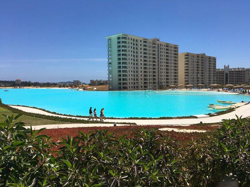 Navigable Lagoon: Enjoy with your family
