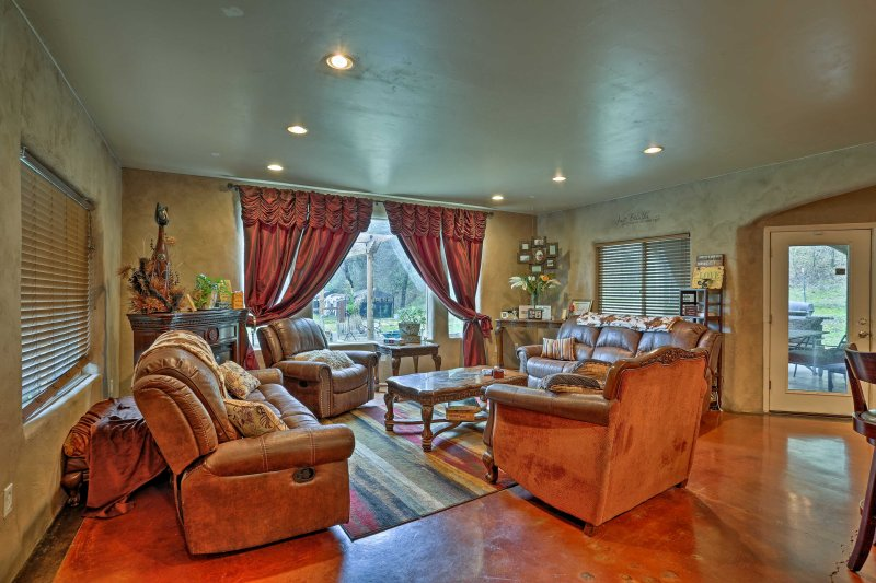 Plan your next California escape at this beautiful 4-bedroom, 2.5-bathroom vacation rental house nestled on 8 lush private acres.