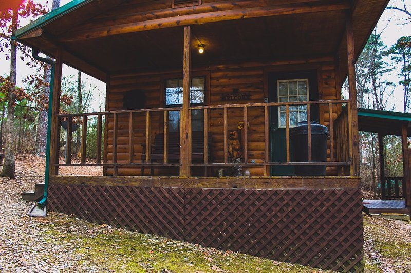 Entire House / Apartment Bear Naked Cabin Near Broken Bow
