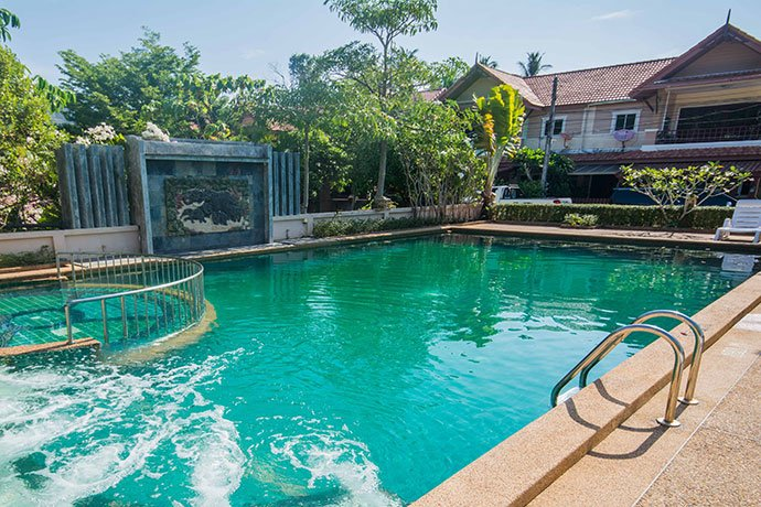 Poonsiri Paradise Villa, holiday rental in Nong Thale