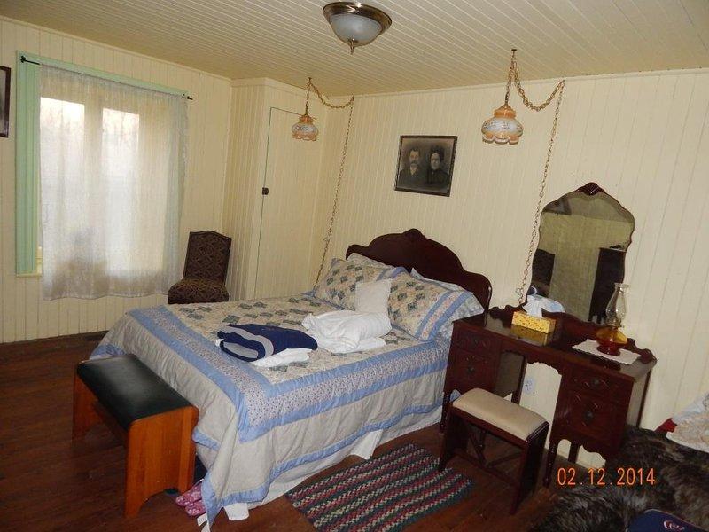 Camera Ferron (1 letto matrimoniale e 1 piccolo)