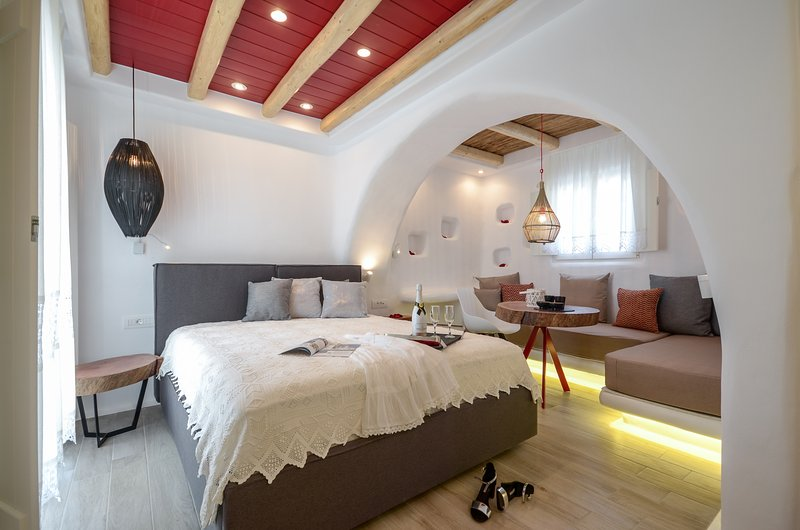 Deluxe Suite Sea View, vacation rental in Naxos