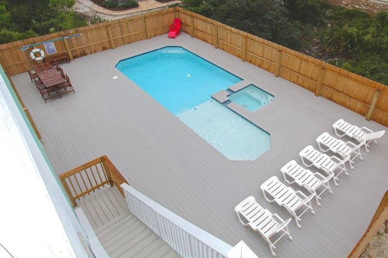 Private pool and spa w/ large fenced pool deck