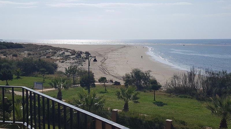 Piso primera línea de playa co – semesterbostad i Isla Canela