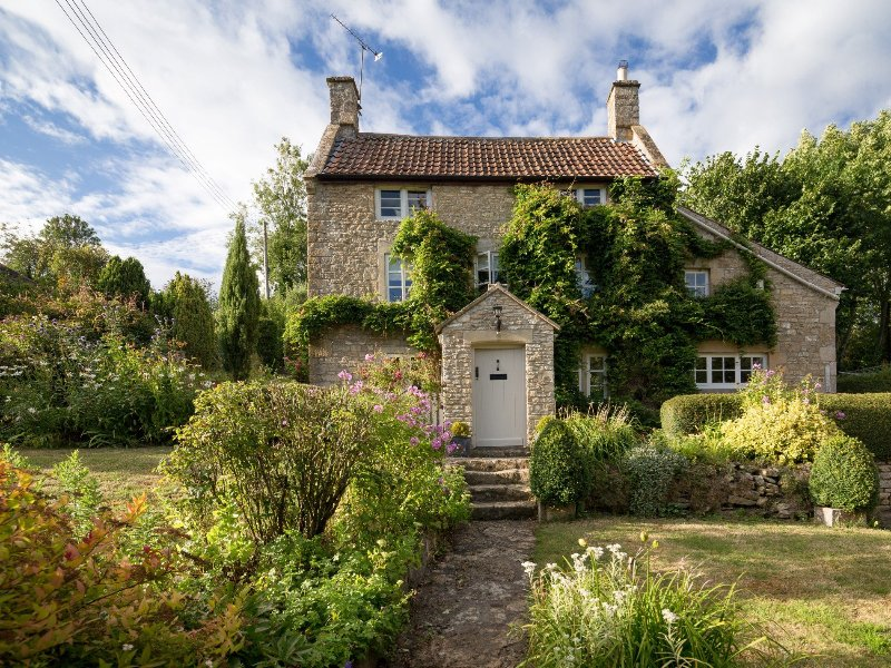 Grade II listed stone cottage