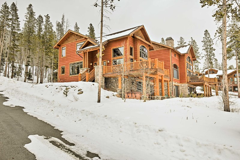 Inject a little luxury into your mountain getaway when you stay here!