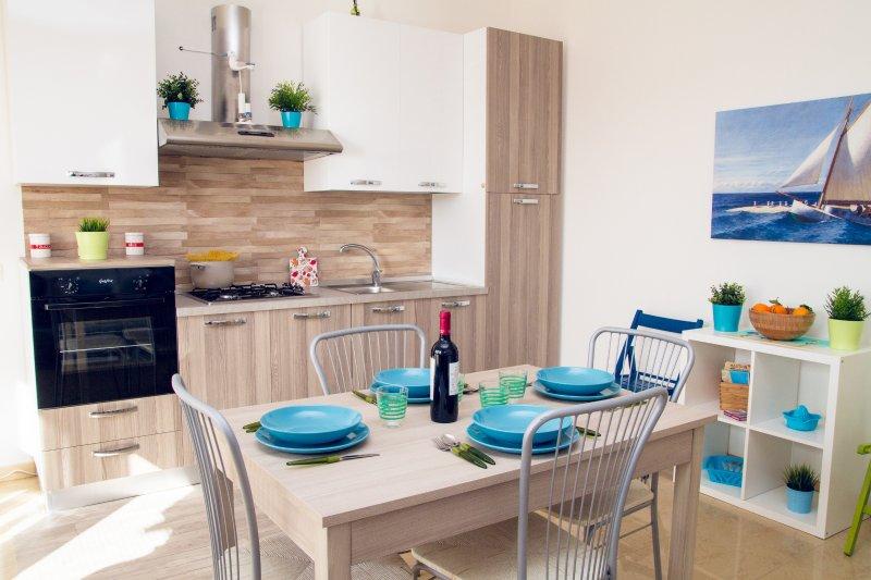 Casa STOCCOLMA Pozzallo Spiaggia Pietrenere, vacation rental in Pozzallo