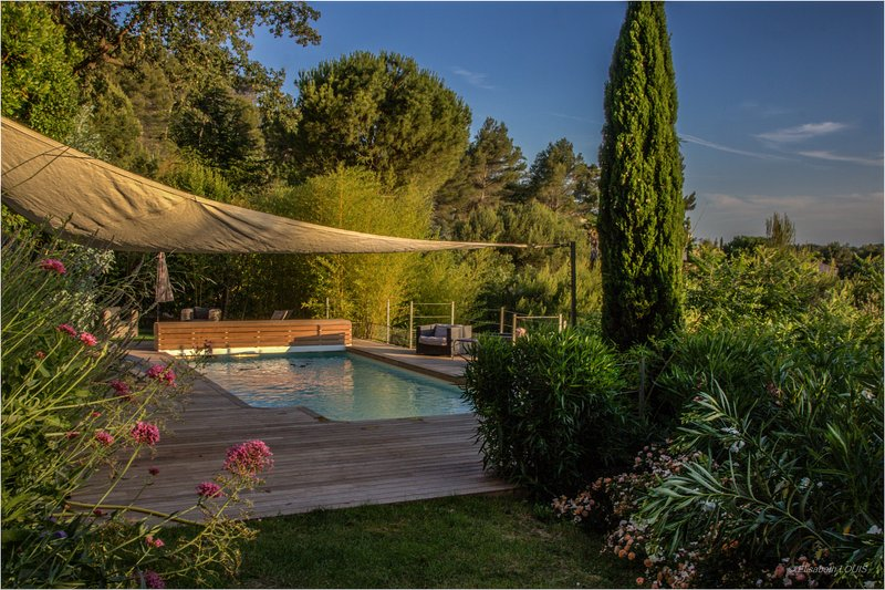 Pool terrace and garden completely renovated in 2017