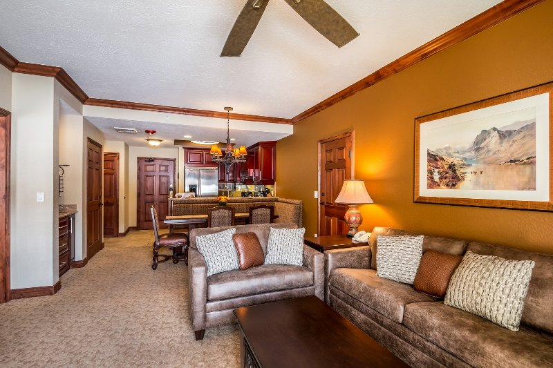 Nearly 1200 sf of luxury in Canyons Village. 2 king BR suites, each with full bath. Plus 2 Queen bds