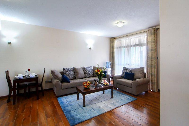 Highlands Suites Kilimani 1-BR Hotel Apartments, holiday rental in Nairobi