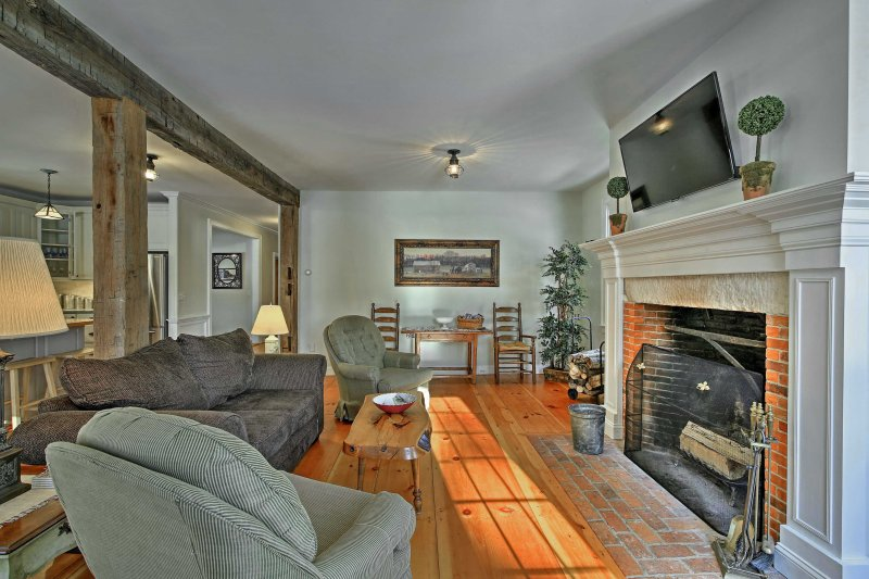 Plan your next country escape to this remote 5-bedroom, 4.5-bathroom vacation rental house in southern Vermont.