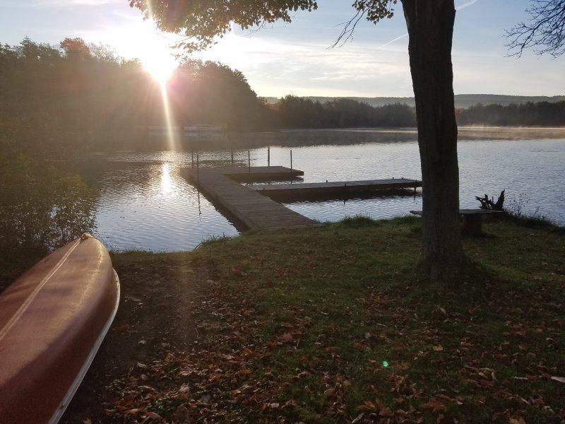 darsena privata con canoe a disposizione per l'uso