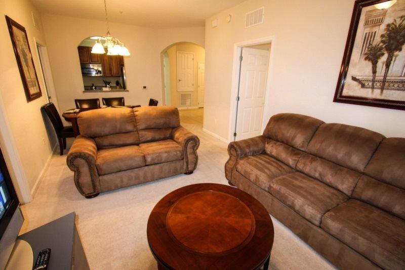 4114BD-201. Desirable Vista Cay 3 Bedroom 2 Bath Condo with Lanai, vacation rental in Orlando