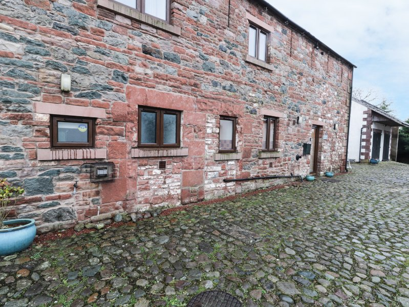 BLENCATHRA BARN, mezzanine area, breakfast bar, spacious, in Penrith, Ref. 29323, holiday rental in Greystoke