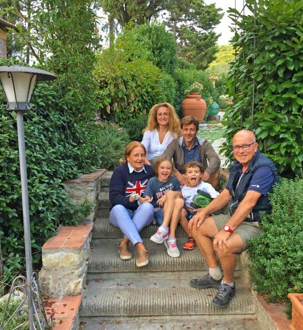 De Pucci's. We zouden je graag ontmoeten in Villa Cafaggiolo